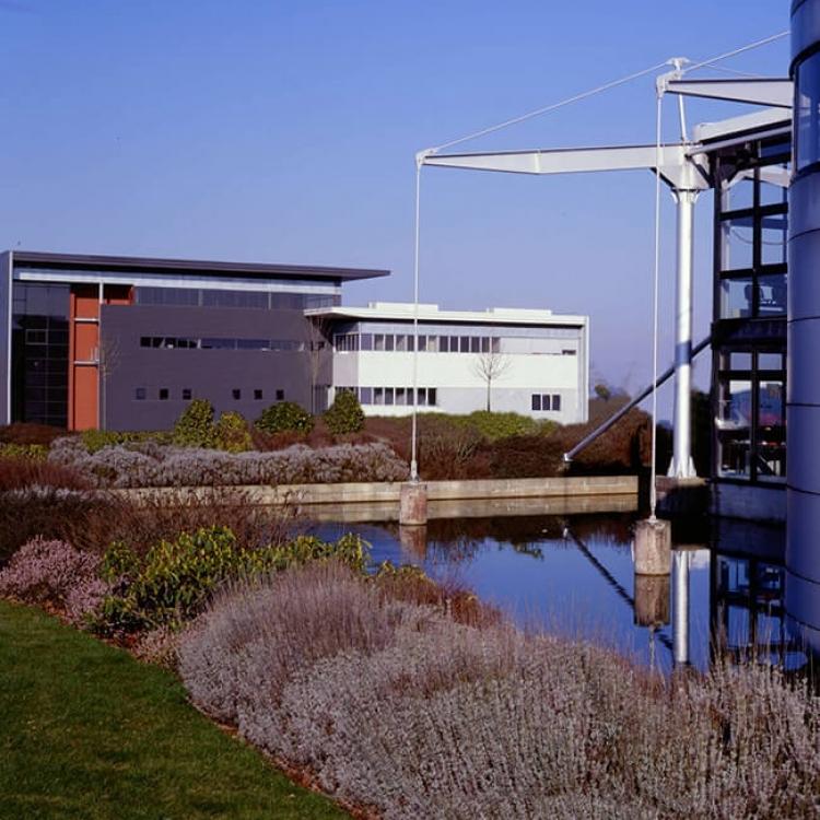 cobalt-architecture-tertiaire-usine-treve7